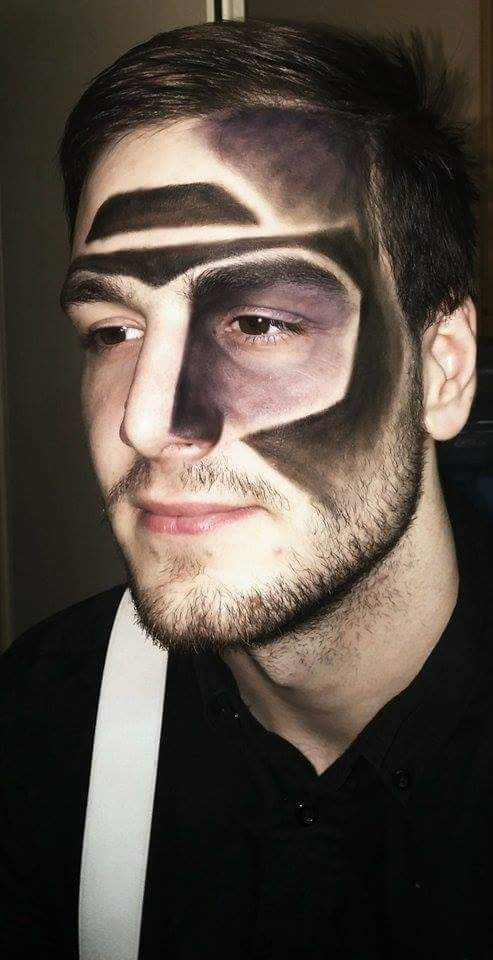 Men  make-up