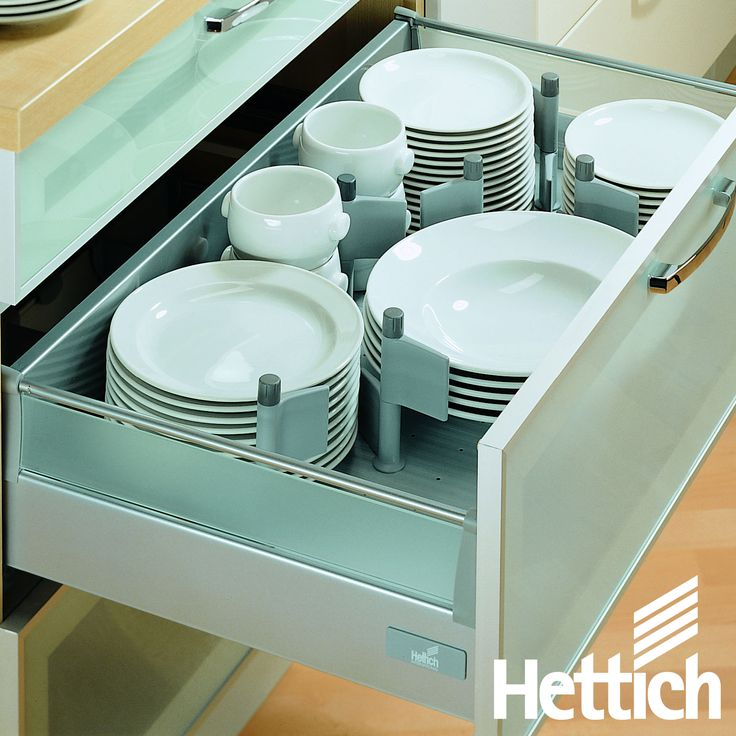 A new kitchen is an expression of your personal lifestyle. Choose InnoTech for reliable quality & stunning design! Click on the pin for more inspiration & information. #kitchendrawers #kitchenorganization