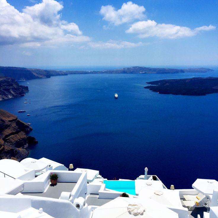 Chromata-Hotel-Santorini-Luxury