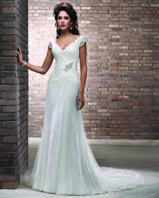 28 best Wedding Dresses images on Pinterest | Short wedding gowns ...
