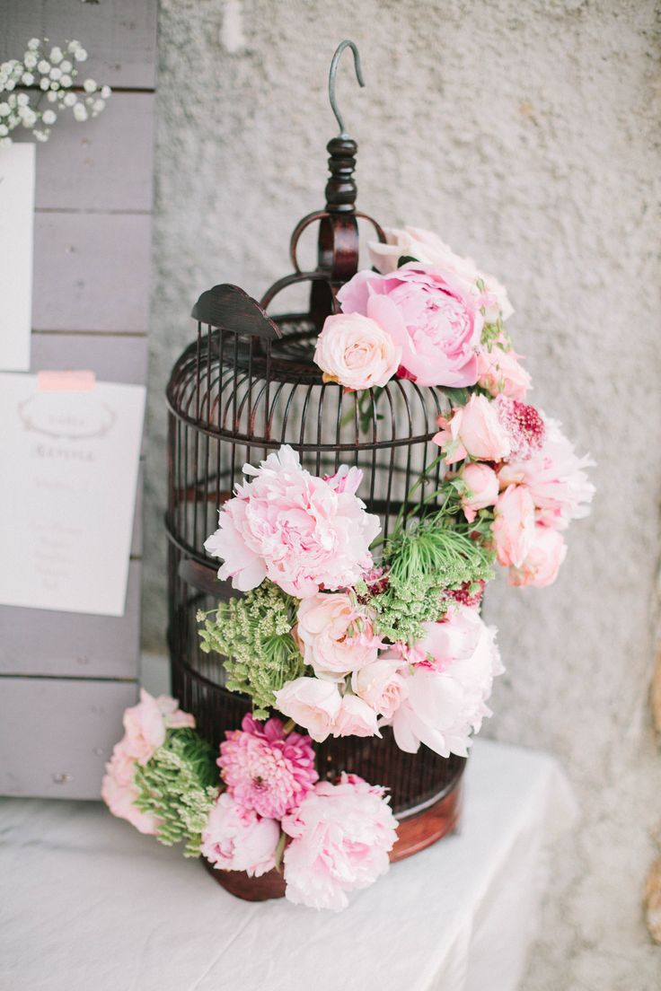 Bird cage with roses and peonies, my wedding in Paris