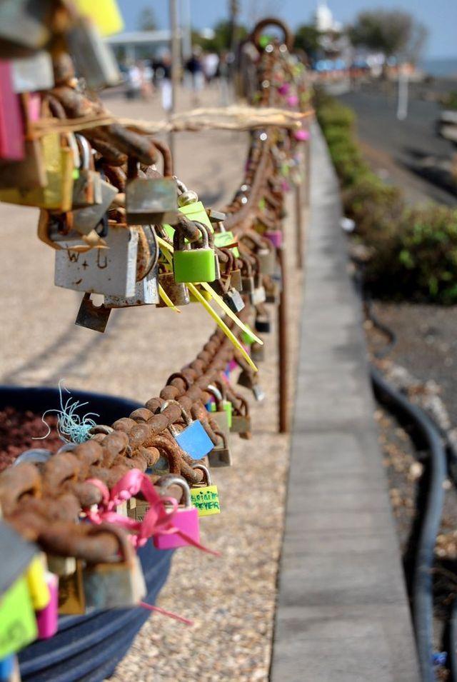tovikcatrin.blogg.se | Lock the Chains - Puerto Del Carmen, Lanzarote