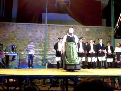 """Gruppo Folk """"Pro Loco"""" di Uta - Ballu 'e Sa Cruxi"""