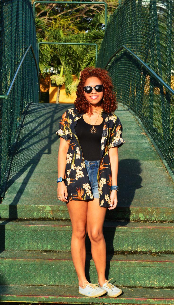 Hawaiian t-shirt | My outfits | Pinterest | Hawaiian