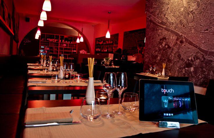 more info ? www.touchflorence.com   tel. +39 055 24 66 150  email : info@touchflorence.com    Touch Florence è l'innovativo ristorante a Firenze con iPad menu - i piatti della tradizione toscana e mediterranea vengono reinterpretati in chiave moderna - Il Ristorante di cucina fusion-creativa nel centro storico di Firenze