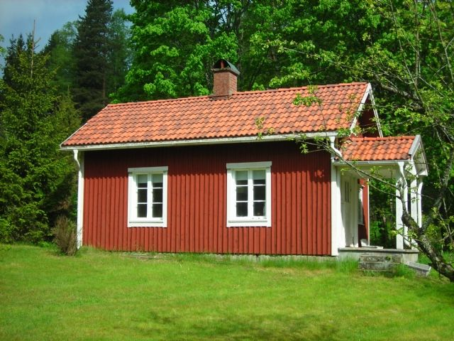 Mysigt sommartorp med fantastiskt läge! (Stuga uthyres i Sunne, Värmland)