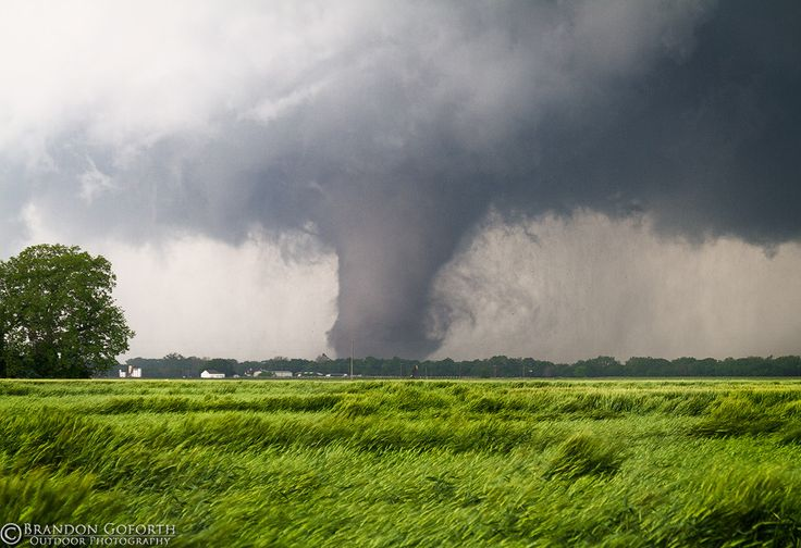 Shawnee, OK EF4 Tornado by Brandon Goforth, via 500px