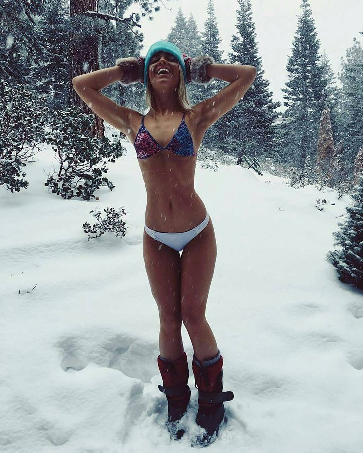 Snow bikini babe, free nude pics of voyeur tits