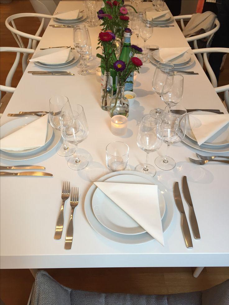 Die Tafel ... #gaggenau #bulthaupblaserundhoefer #blaser #höfer #bbh #blaserundhoefer #bulthaupköln #bulthaup #showroom #köln #marienburgköln #marienburg #lindenallee #küche #kitchendesign #bbhvilla #bulthaupvilla #kochevent #bulthaupevents
