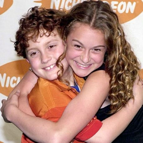"@AlexaVega and @darylsabara from ""Spy Kids""  so cute!! :)"