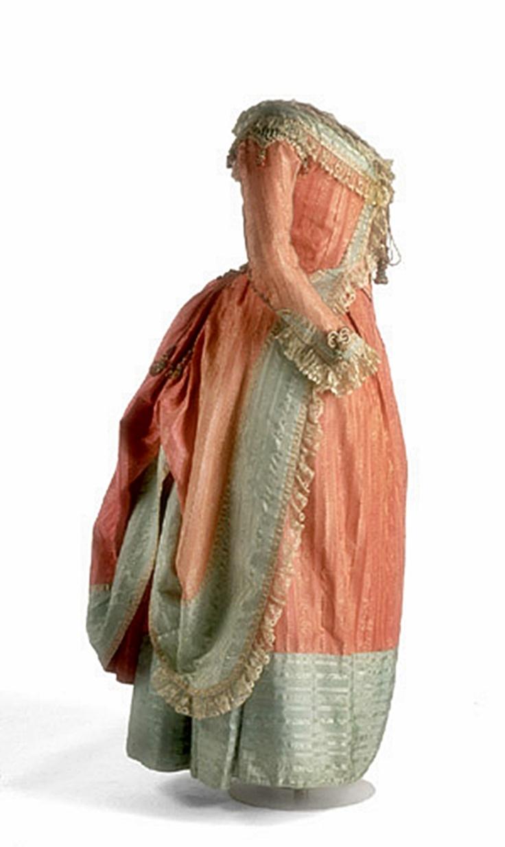 vestido español siglo XV