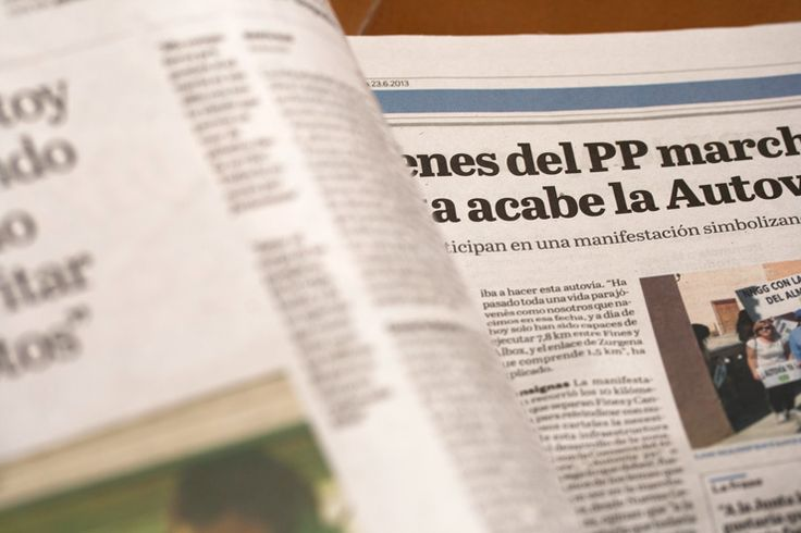 Almeria: TypeTogether collaborated with with the renowned news design and consultancy firm Cases i Associats to develop a titling typeface for the daily newspaper La Voz de Almería.