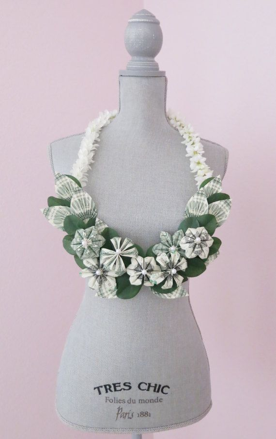 Money lei Graduation lei  Perfect for your special by bydezign
