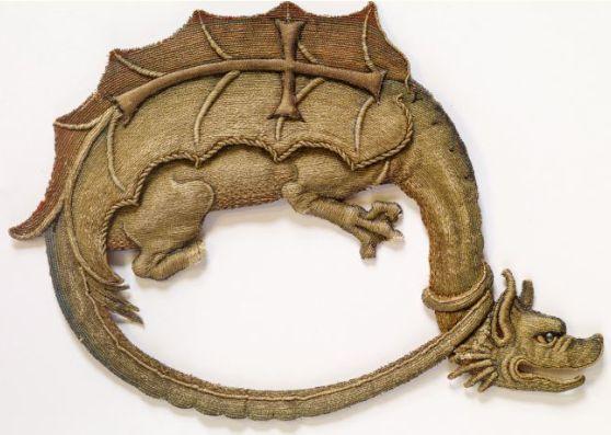 Order of the Dragon. Abzeichen des 1387 von König Sigismund gestifteten Drachenordens, um 1430. Bayerisches Nationalmuseum