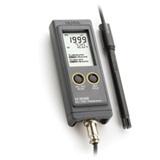Conductímetro portátil con visualización simultanea de CE/TDS y temperatura HI 99300- HI 99301 - HANNA Instruments, Fabricante de instrumentos de medida y análisis.