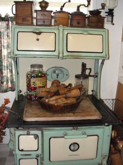 Old Cook Stove We Had One Like This In The Boat House