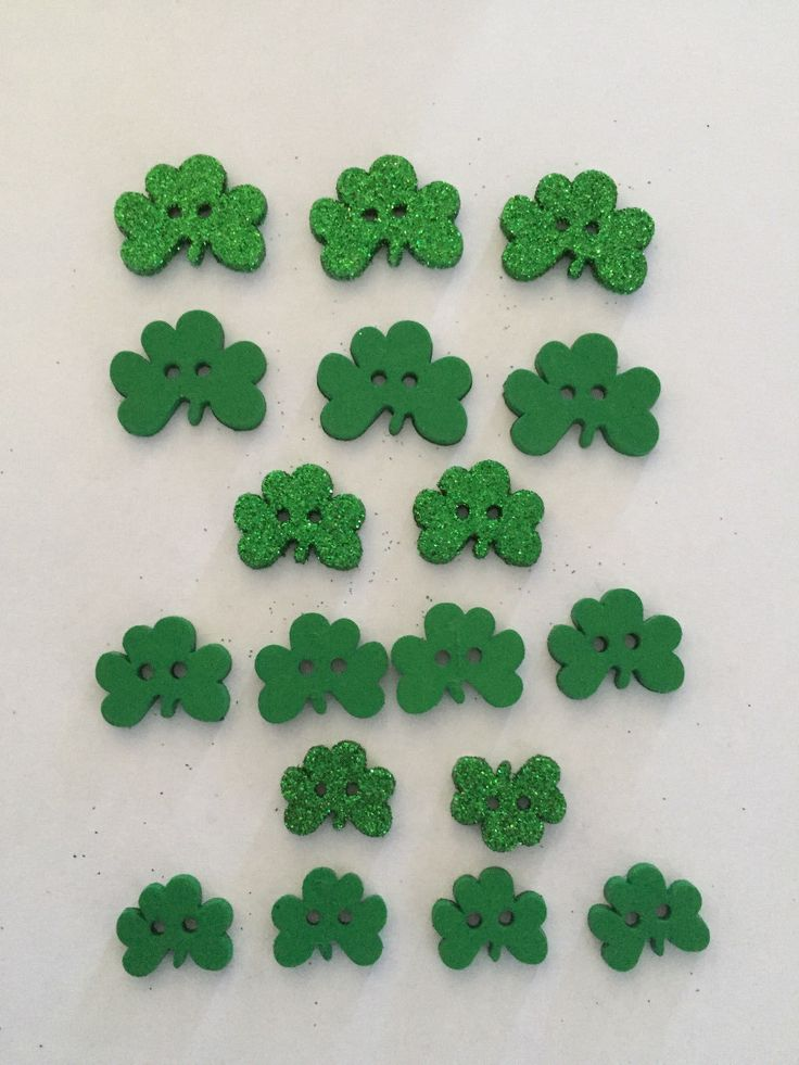 Assorted Shamrocks for St. Patrick's Day!  These are 2-Hole Flat or Plain Sparkly Buttons by Dress It Up. No. 3502  #StPatricksDay #Buttons #crafts #homemade #DIY #artsandcrafts