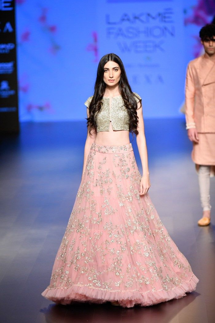 Anushree Reddy Lakme Fashion Week 2018 Baby Pink Bridal Lehenga With Crop Top Blouse Click O Party Wear Lehenga Designer Bridal Lehenga Indian Bridal Lehenga