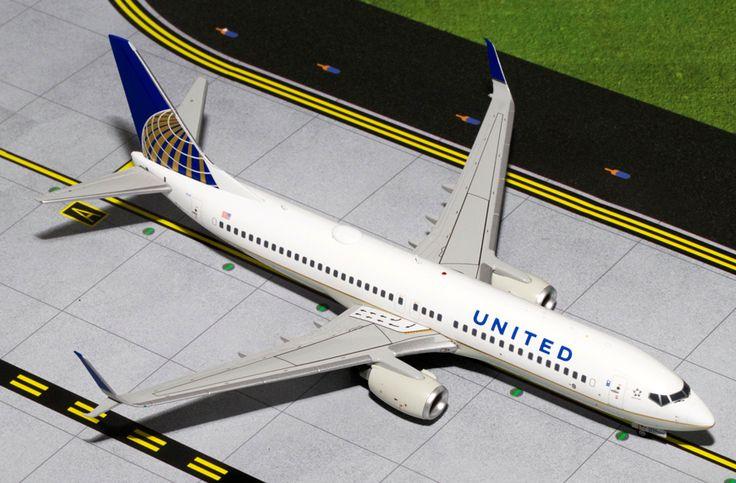 1/200 GeminiJets United Airlines Boeing 737-800s