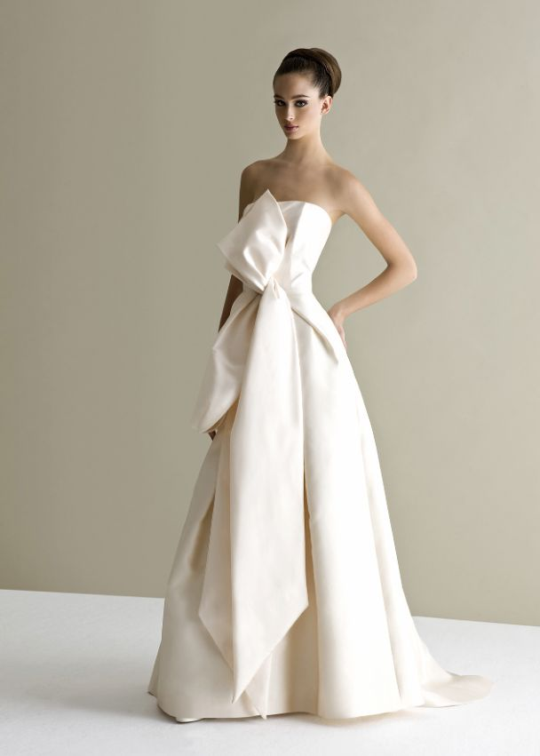 antonio-riva-wedding-dress-27-10162014nzy