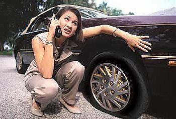 Alguna emergencia amiga #playenses ? Solo llámanos.   Reparación de neumáticos a domicilio #playadelcarmen #rivieramaya   Contacto:9847457504 Id 62*151159