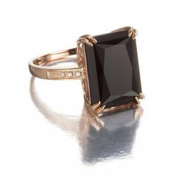 Large Gemstone Black Onyx and 14k Rose Gold Ring