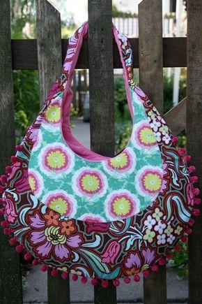 FREE TIPS only:  Hobo Bag Pattern | Sew Sweetness: Amy Butler Fringed Hobo Bag