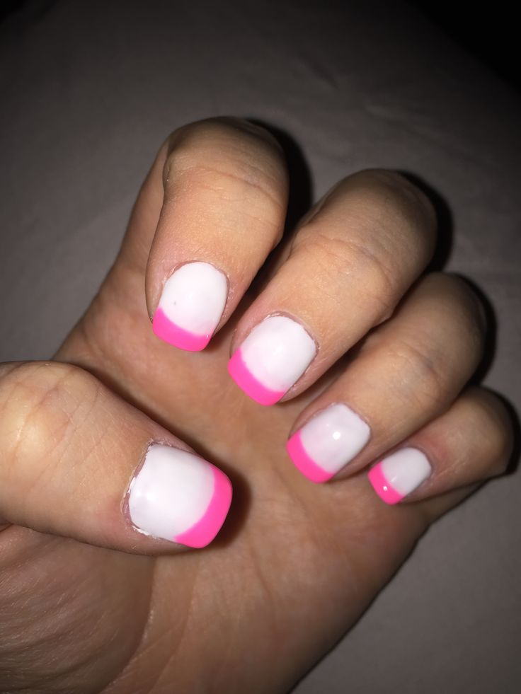 White nail bed with pink tips