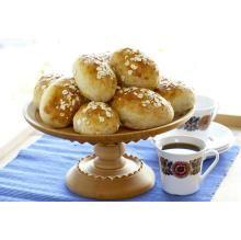 Rugboller - tine.no Jeg bruker 3 dl rugmel, 3 dl fint fullkorns hvetemel og 6 dl vanlig hvetemel. Er også litt raus med honningen og litt sparsommelig med saltet.