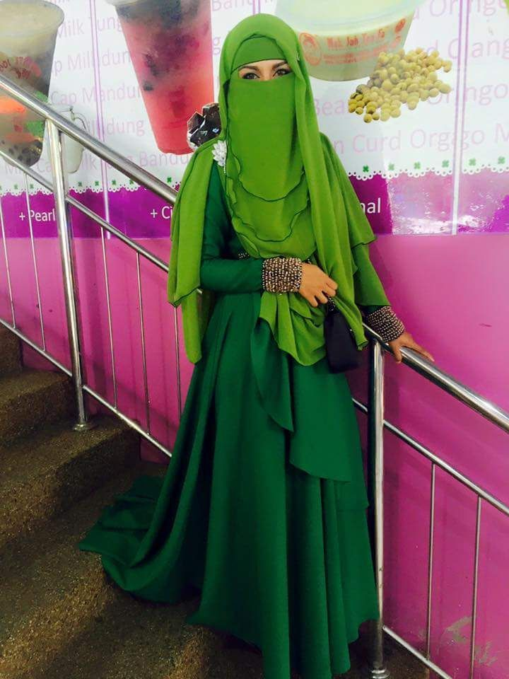 17 Best images about Niqab (Arabian) - Muslim Women on ... |Muslimah Niqab