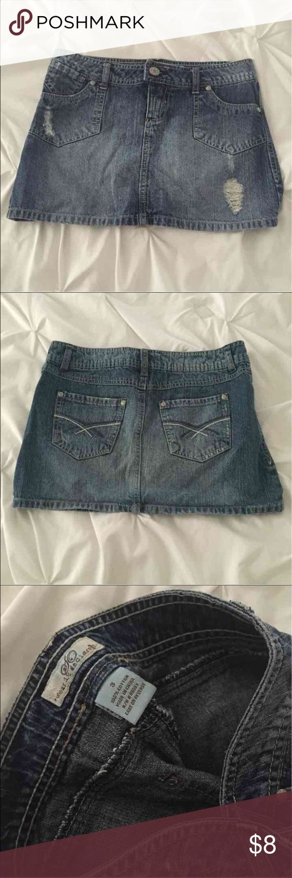 Jean mini denim Jean skirt sz 3 Brand : SQ 100 % cotton denim Size 3 The distressed details are part of the style of the skirt Skirts Mini