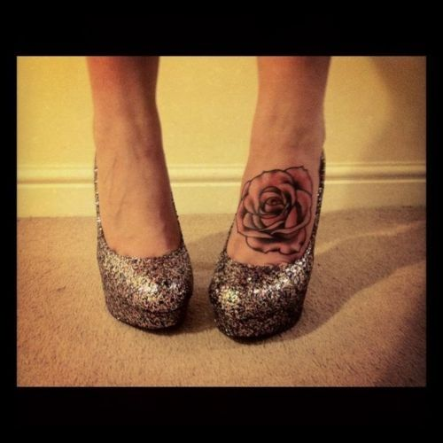 10 Foot Rose Tattoo Designs: 25+ Best Ideas About Rose Foot Tattoos On Pinterest