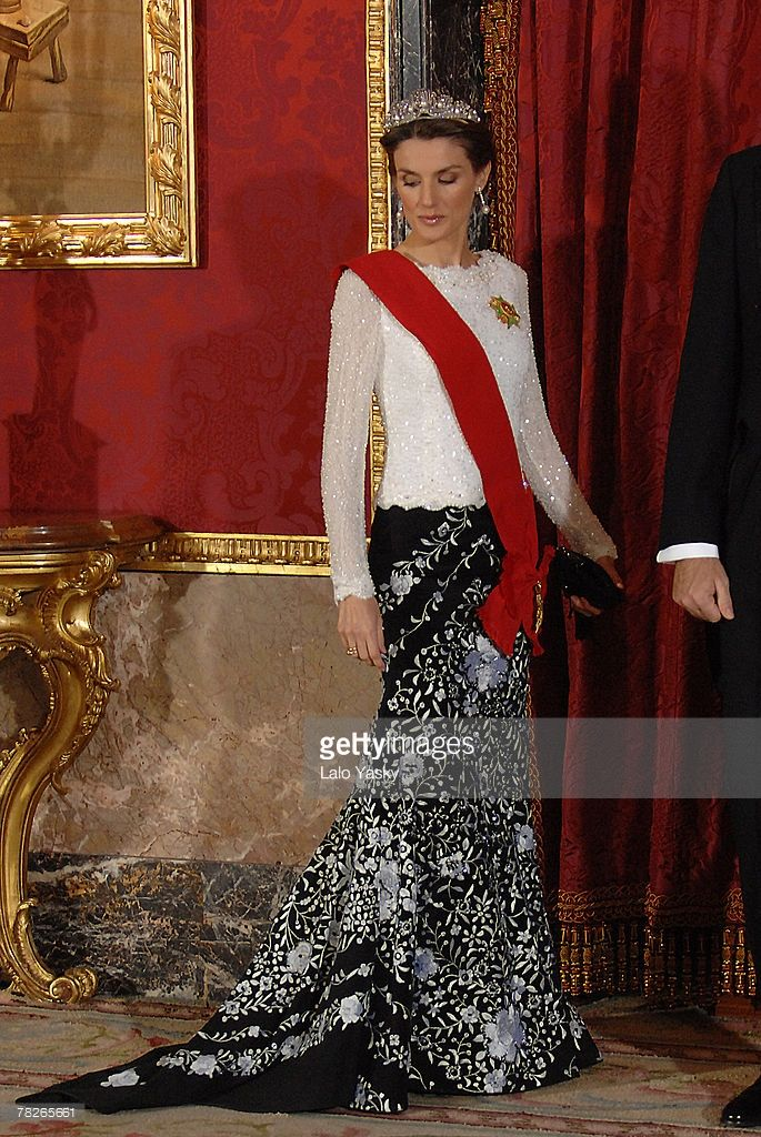 HRH Princess Letizia attend the Gala Dinner in honour of the President of The Philippines Gloria Macapagal and her husband Jose Miguel Arroyo, at the Royal Palace on December 3, 2007 in Madrid, Spain. (Photo by Lalo Yasky/WireImage)