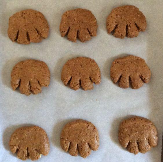 Pattes d'ours à la mélasse et graine de lin