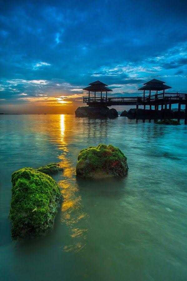 Sunset over Pulau Ubin Island Singapore | World's Snaps