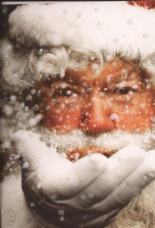 Santa te estamos esperando...