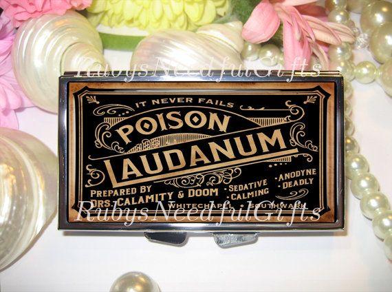 Boîte à pilules pilule cas, 7 jours boîte à pilules, pillule, laudanum, 7 Sections, pilulier, boîte à pilules Zombie, organisateur de médecine, Laudanum 2.