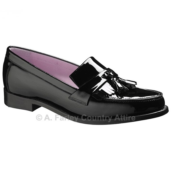 Barker Ladies Shoes – Heather – Black Hi-Shine – Tassel Loafer http://www.afarleycountryattire.co.uk/shop/barker-ladies-shoes-heather-black-hi-shine-tassel-loafer/ #barkershoes #brogues