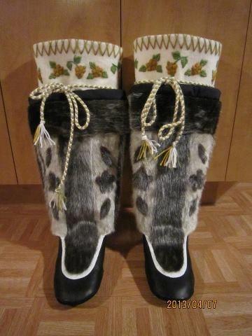 Inuit made sealskin kamiks by Gladis Gordon