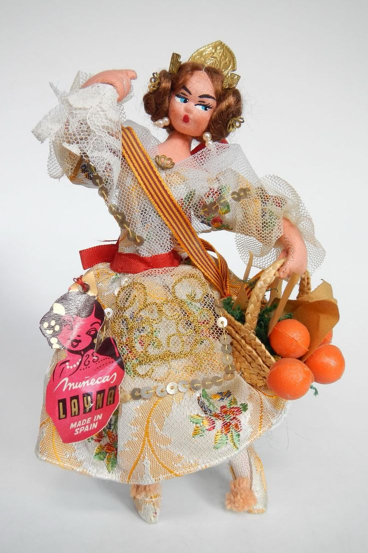 Spain Doll from Valencia Layna tag 19 cm MIB - poppentopper.com