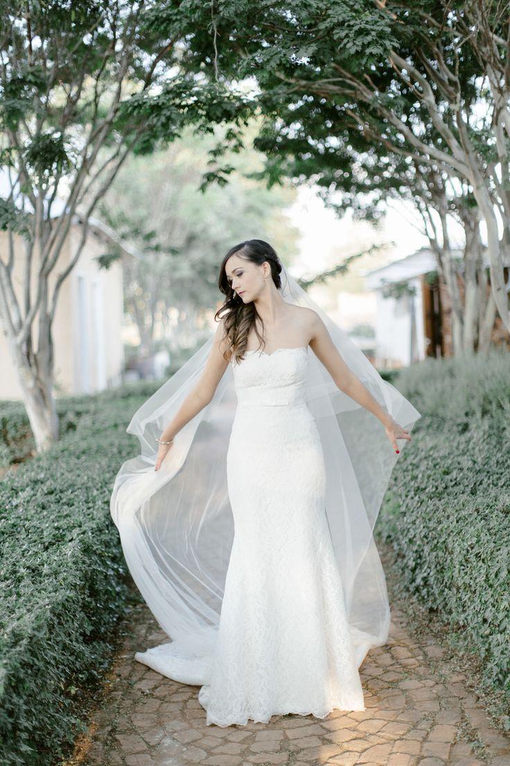 clareece smitWJ & Chantelle Bell Amour wedding http://www.clareecesmitphotography.com/blog/2016/wj-chantelle-bell-amour-wedding