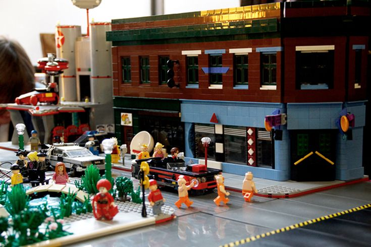 LEGO Ideas - BTTF 2015 HILL VALLEY Cafe of the 80s  https://ideas.lego.com/projects/58436