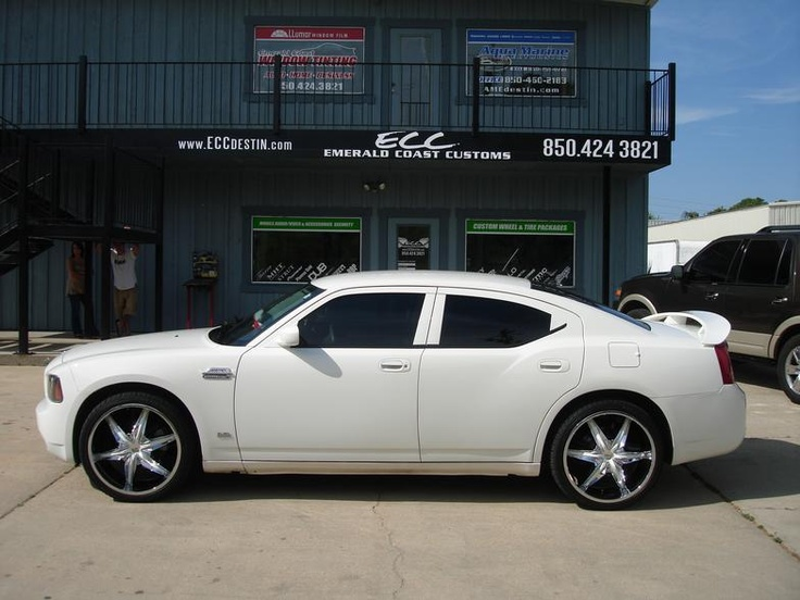 "White Dodge Charger with 22"" Helo Wheels & Falken Tires"