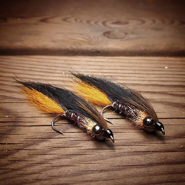 Black and Orange Zonker streamers  #rainbowtroutfishing #rainbowtrout #troutfishing #trout #fishing #flyfishing #fishingdaily #flugfiske #lifestyle #fun #nature #lovely #sweden #usa #photooftheday #instadaily #nice #mystyle #fishinglovers #fish #flytyingjunkie #lake #great #photo #outdoors #good #browntrout #ilovethis