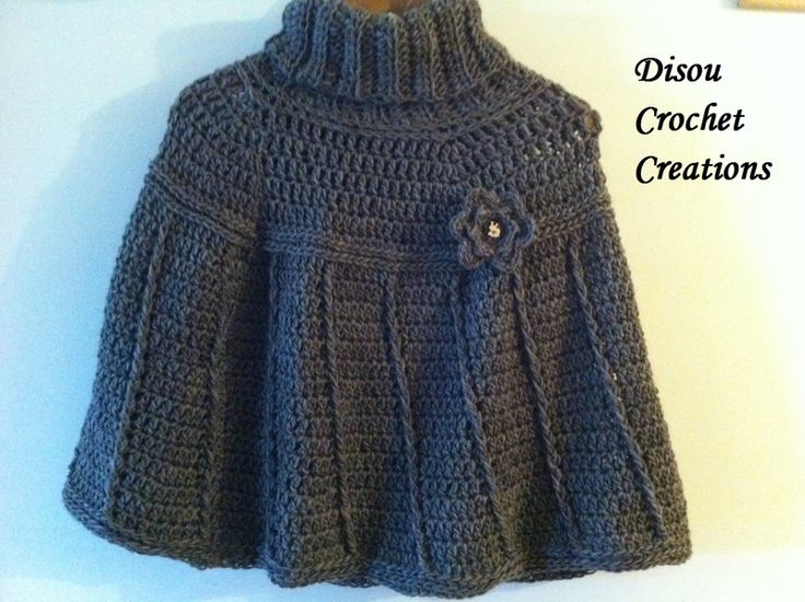 A warm poncho to fight the cold! - I totally improvised but I like the result! :)