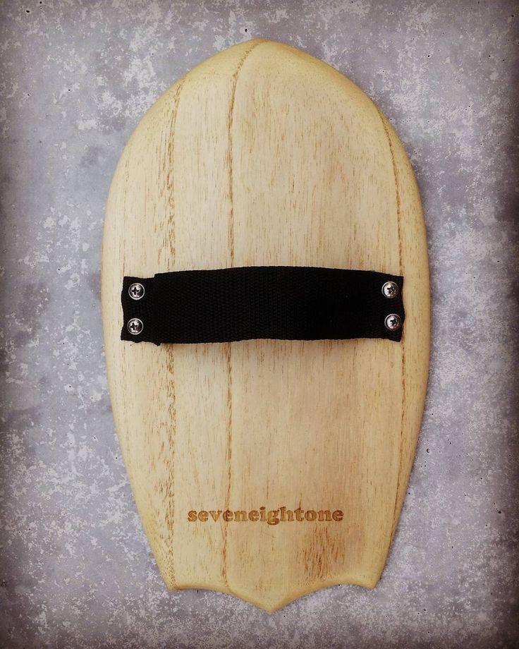 New Paulownia handplane with bat tail #handplane #bodysurf #timber #surf #surfcraft #bat