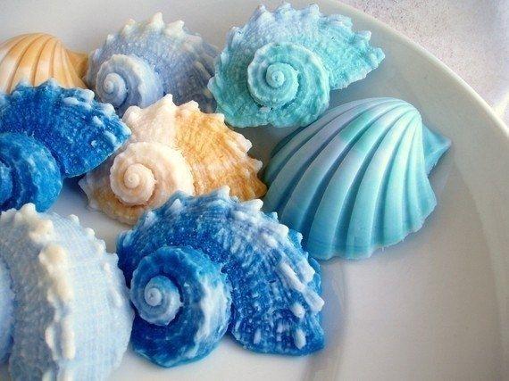 Мыло ручной работы в необычных формах