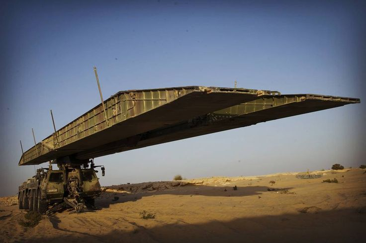 Modular assault bridge SPRAT of the French armed forces