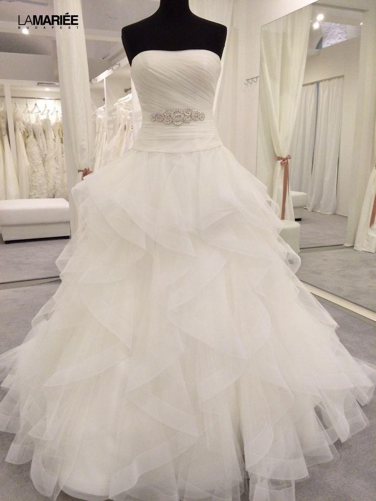 Belia esküvői ruha by 2015 PRONOVIAS