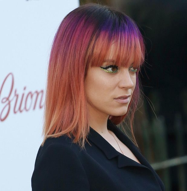 Lily Allen. Rainbow ombré hair. I love this hair color.